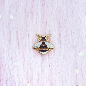 Use a small bee lapel pin to show the cute bees