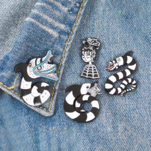 Beautiful snake lapel pins